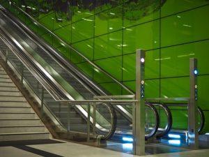 エスカレーター,マナー,階段