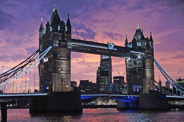 ロンドンブリッジ,イギリス,夏涼しく冬寒くない,30年前の訪問